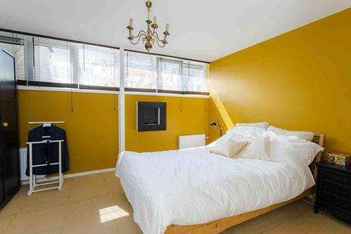 gele slaapkamer