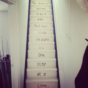Interieur inspiratie de trap met twaalf vrolijke for Trap inspiratie