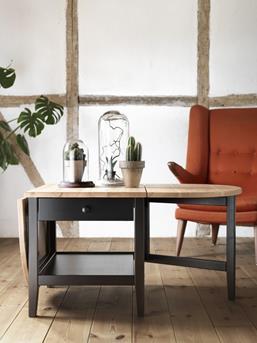 Interieur inspiratie wooninspiratie nieuwe producten van ikea voor augustus 2014 interieur - Traditionele bed tafel ...