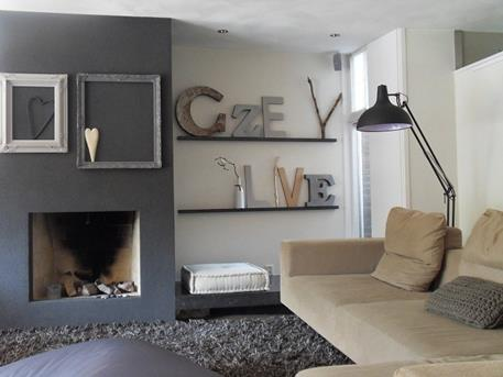 Interieur inspiratie met letters je huis inrichten for Plank boven bed
