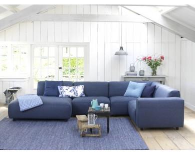 http://www.interieurinspiratie.nl/wp-content/uploads/2014/09/blauwe-bank.jpg