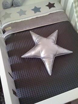 jongensbabykamer sterren