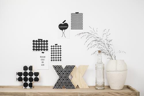 kaartjes-en-houten-woonaccessoires-met-mooie-prints