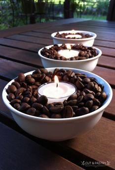 koffiebonen met kaars