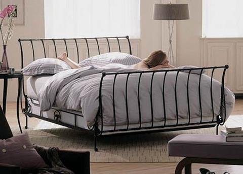 modern spijlen bed