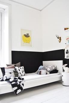 kinderkamer met zwart en geel
