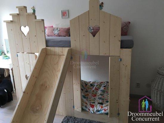 Bedhuisje Boomhut bed glijbaan