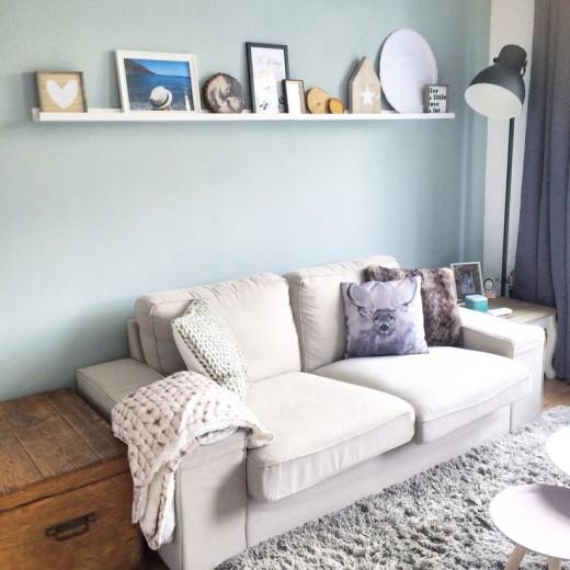 huiskamer blauwe muur