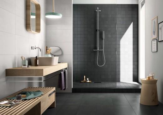 Badkamer Tegels Ceramico : Met tegels ruimte creëren in de badkamer