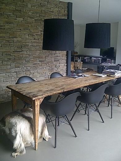 Gezellig aan de eettafel interieur inspiratie for Zwarte eettafel stoelen