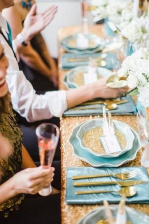 De blauwe gouden tafel