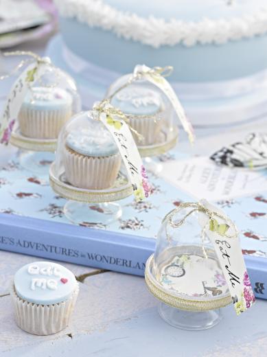 alice in wonderland cakestolpje