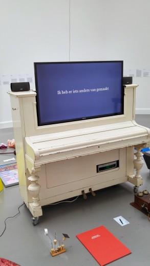 tv piano
