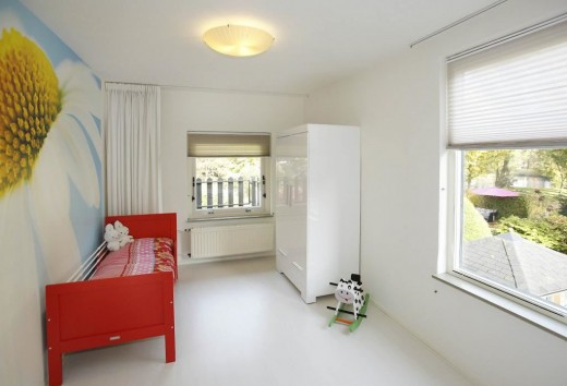 kinderkamer rood bed