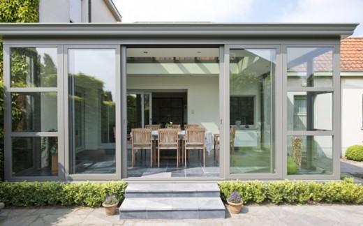 Interieur inspiratie 4 tips voor een aanbouw die zorgt voor optimale ruimtelijkheid - Veranda met dakraam ...