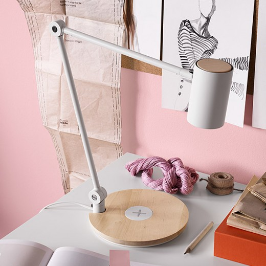 05_IKEA_RIGGAD_led-bureaulamp_b