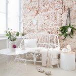 Bijzondere designvaas 'Ode aan de geknakte bloem'