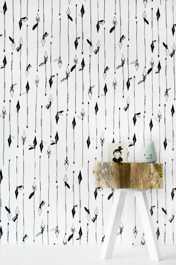zwart-wit-vliesbehang-met-patroon-van-speren