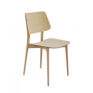 Interieur inspiratie 10 x comfortabele stoelen - Houten stoelen om te eten ...