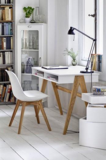interieur inspiratie witte bureaus om na de vakantie mee aan de slag te gaan. Black Bedroom Furniture Sets. Home Design Ideas