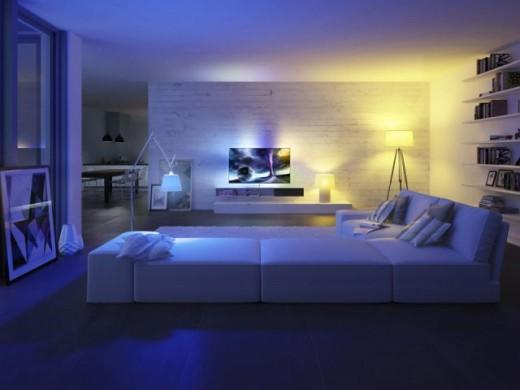 Onderzoek: 81% van de vakantiegangers maakt zicht zorgen over woning tijdens vakantie Zorgeloos op vakantie dankzij Philips Hue: doen alsof je thuis bent