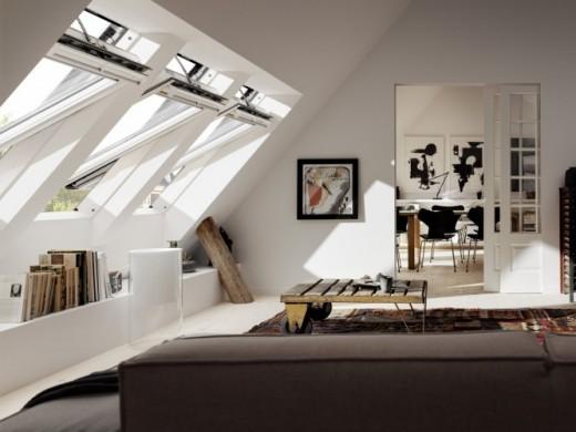 Met de slimme dakramen van VELUX laat je je woning veilig achter tijdens vakantie