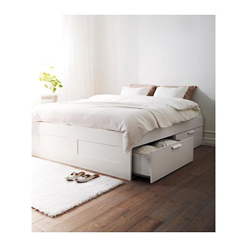 Kleine slaapkamer inrichten: het bed