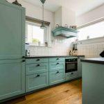 Keuken met schiereiland benut ruimte optimaal
