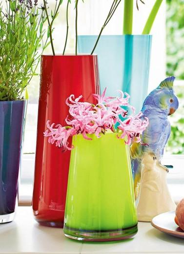 kleurrijke vazen