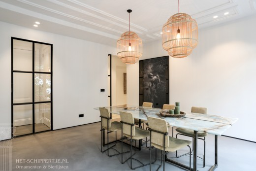 sier - plafondlijsten en ornamenten van gips modern