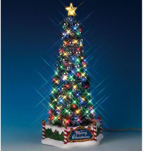 Kerstdorp New Majestic Christmas Tree