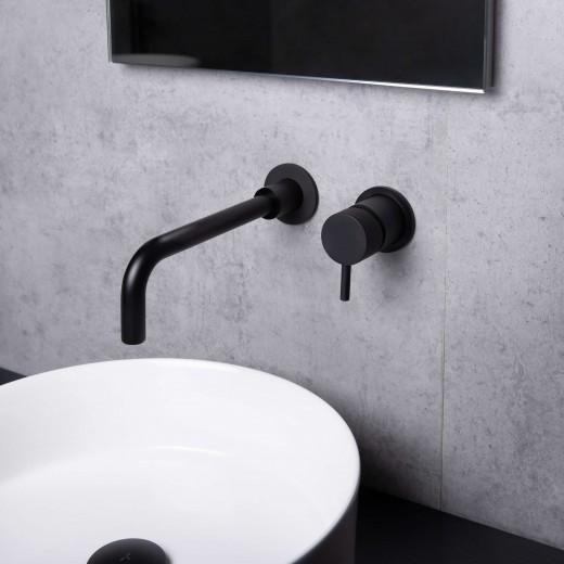 een industriële badkamer